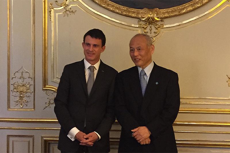 舛添要一東京都知事がフランス訪...